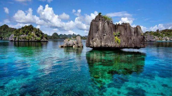 Destinasi Honeymoon di Indonesia yang Menakjubkan Untukmu dan Pasangan
