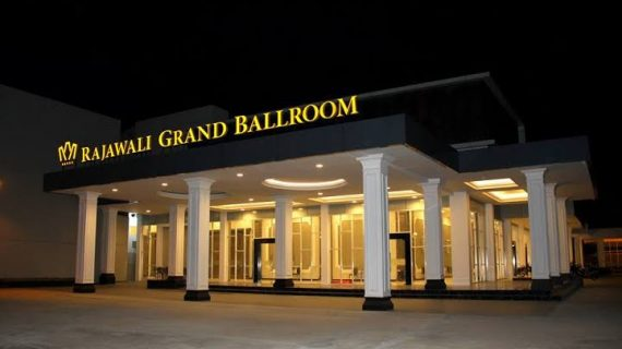 paket pernikahan rajawali grand ballroom